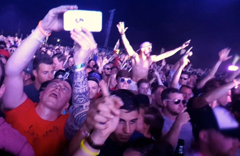 Tiesto fans at Creamfields 2016 (photo by Danceclubgirl)